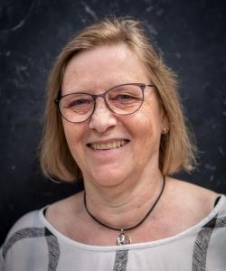 Lisbeth Larsen